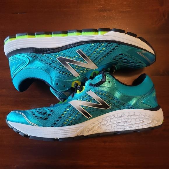 New Balance 1260v7 running shoe NWT